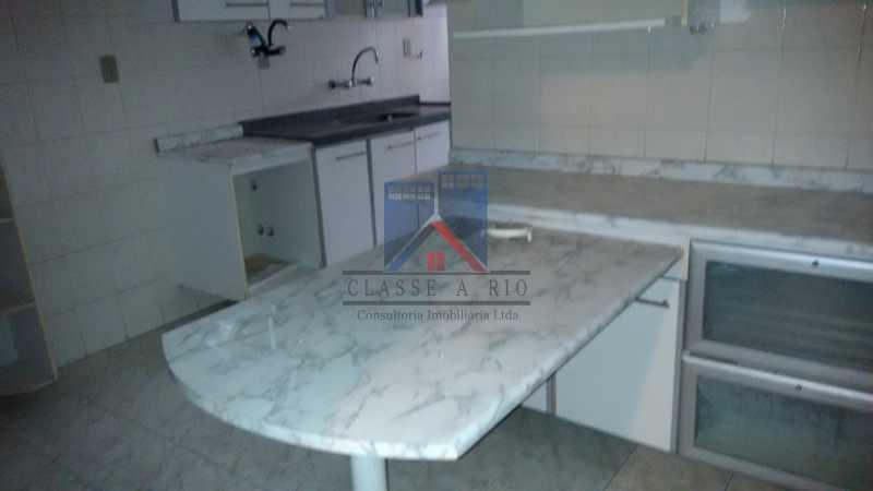 5 - Vendo-Praça Seca-Cobertura duplex, 186 metros, 03 quartos, 02 suites, dep.emp., 02 vagas de garagem - FRCO30013 - 17