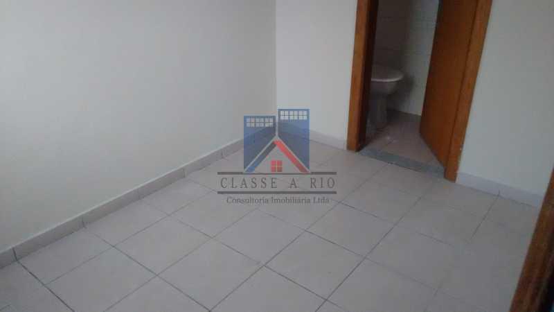 6 - Vendo-Praça Seca-Cobertura duplex, 186 metros, 03 quartos, 02 suites, dep.emp., 02 vagas de garagem - FRCO30013 - 13