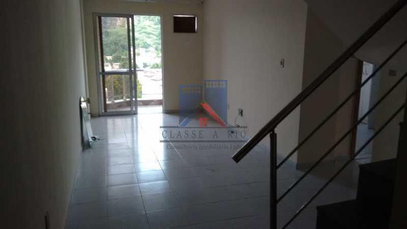 7 - Vendo-Praça Seca-Cobertura duplex, 186 metros, 03 quartos, 02 suites, dep.emp., 02 vagas de garagem - FRCO30013 - 5