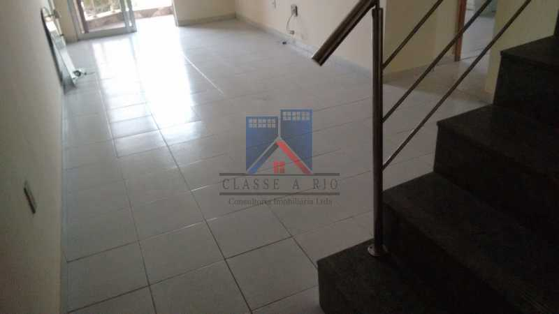 8 - Vendo-Praça Seca-Cobertura duplex, 186 metros, 03 quartos, 02 suites, dep.emp., 02 vagas de garagem - FRCO30013 - 8