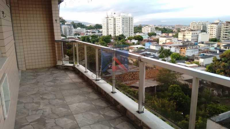 9 - Vendo-Praça Seca-Cobertura duplex, 186 metros, 03 quartos, 02 suites, dep.emp., 02 vagas de garagem - FRCO30013 - 1