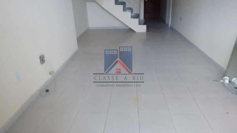10 - Vendo-Praça Seca-Cobertura duplex, 186 metros, 03 quartos, 02 suites, dep.emp., 02 vagas de garagem - FRCO30013 - 6
