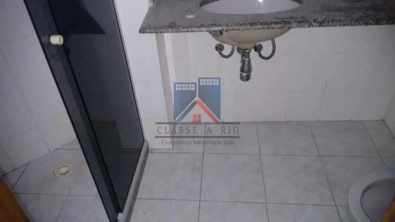 15 - Vendo-Praça Seca-Cobertura duplex, 186 metros, 03 quartos, 02 suites, dep.emp., 02 vagas de garagem - FRCO30013 - 15