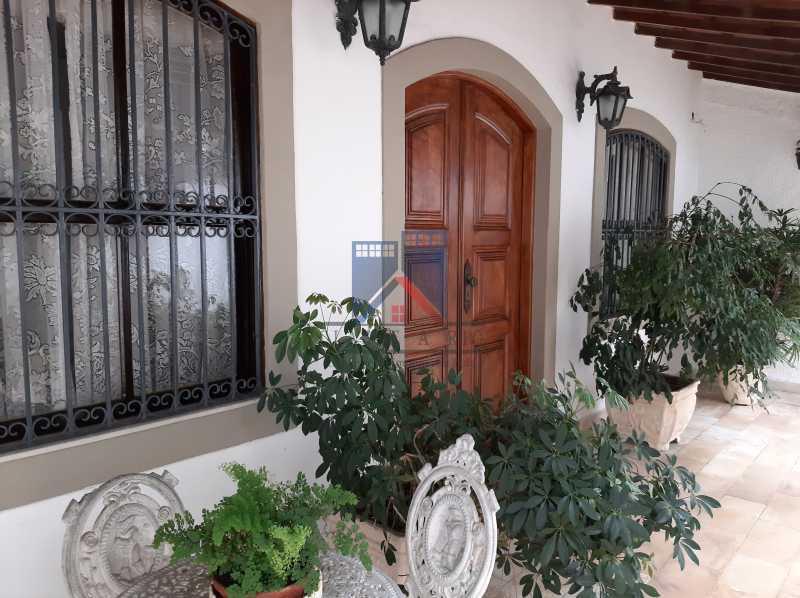 01 - Pechincha - Casa Condomínio - Magnífica - 3 quartos - súíte - Anexo - Piscina. - FRCN30041 - 1