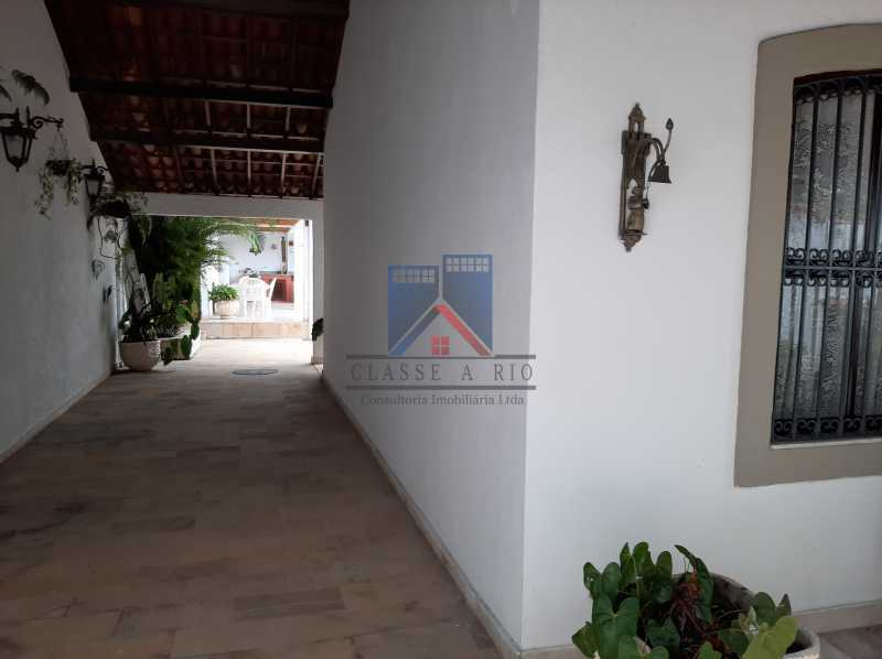 02 - Pechincha - Casa Condomínio - Magnífica - 3 quartos - súíte - Anexo - Piscina. - FRCN30041 - 3