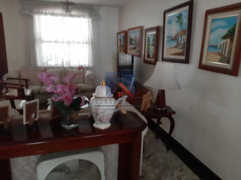 09 - Pechincha - Casa Condomínio - Magnífica - 3 quartos - súíte - Anexo - Piscina. - FRCN30041 - 10