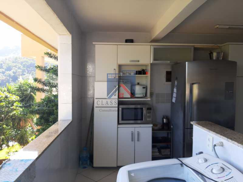11 - Bosque dos Esquilos - 5 quartos com 4 suítes. - FRCN50007 - 12