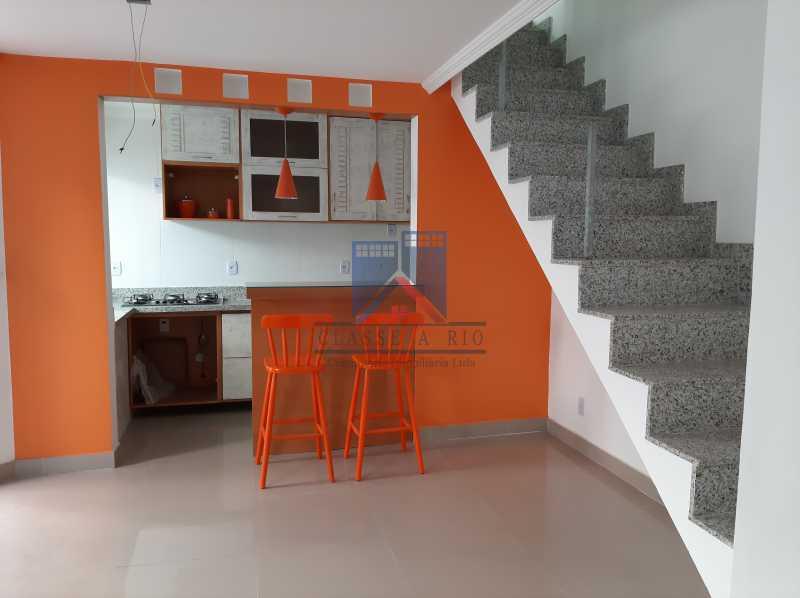 6 - Taquara - casa em condomínio fino acabamento - decorada. - FRCN40043 - 3