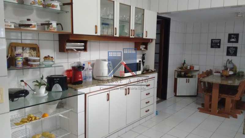 18 - Uruçanga-Belissima, Casa Condominio, 03 quartos,suite,lazer, 03 vagas de garagem - FRCN30047 - 19