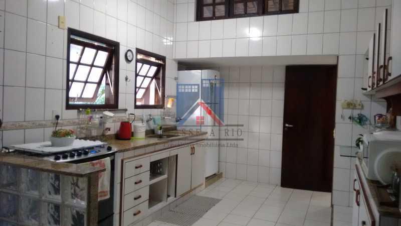 20 - Uruçanga-Belissima, Casa Condominio, 03 quartos,suite,lazer, 03 vagas de garagem - FRCN30047 - 21