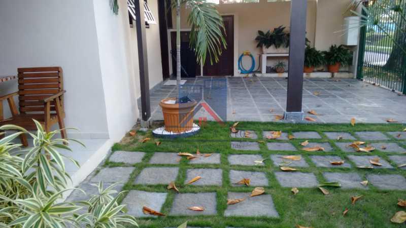 30 - Uruçanga-Belissima, Casa Condominio, 03 quartos,suite,lazer, 03 vagas de garagem - FRCN30047 - 31