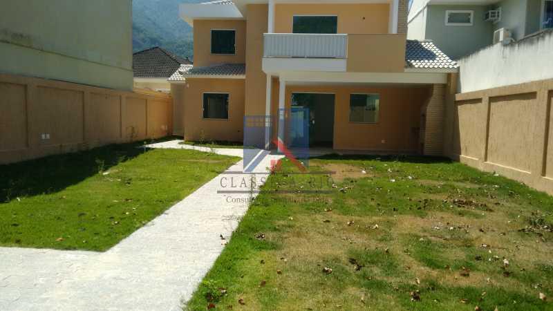 102 - Casa em Condominio, Bela Casa,Amplo Terreno,04 suites,piso Porcelanto, 04 vagas de garagem - FRCN40045 - 15