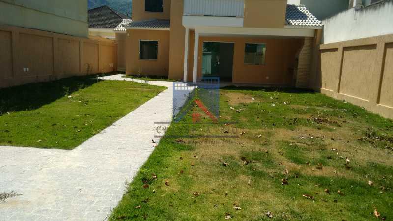 106 - Casa em Condominio, Bela Casa,Amplo Terreno,04 suites,piso Porcelanto, 04 vagas de garagem - FRCN40045 - 8