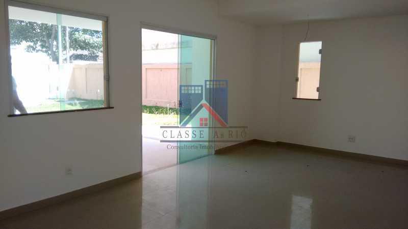 107 - Casa em Condominio, Bela Casa,Amplo Terreno,04 suites,piso Porcelanto, 04 vagas de garagem - FRCN40045 - 10