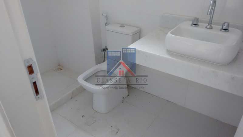 117 - Casa em Condominio, Bela Casa,Amplo Terreno,04 suites,piso Porcelanto, 04 vagas de garagem - FRCN40045 - 18