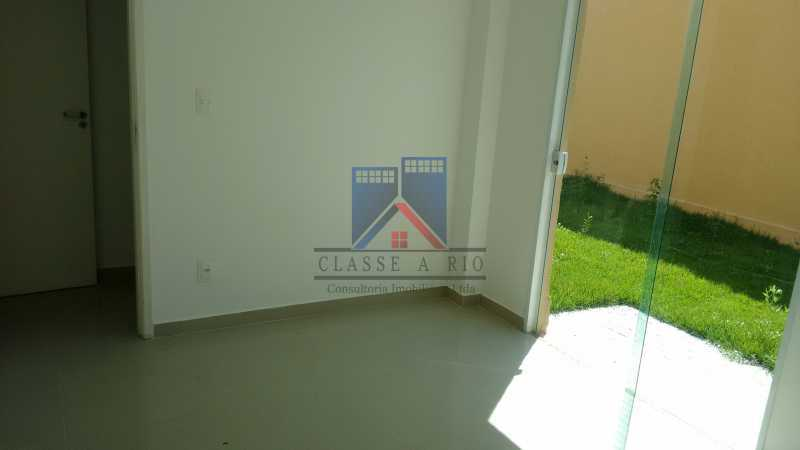 124 - Casa em Condominio, Bela Casa,Amplo Terreno,04 suites,piso Porcelanto, 04 vagas de garagem - FRCN40045 - 16