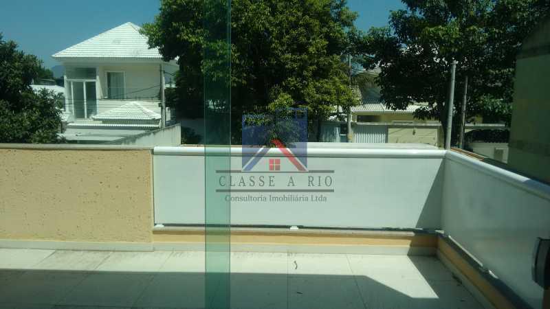 125 - Casa em Condominio, Bela Casa,Amplo Terreno,04 suites,piso Porcelanto, 04 vagas de garagem - FRCN40045 - 23