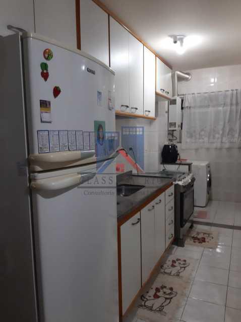 16 - VENDE-PÇA SECA-Otima Localização, Amplo Apartamento,92 metros, Varandão, 02 Quartos, Dep. Emp.,02 Elevadores, 01 Vaga de Garagem - FRAP20133 - 17