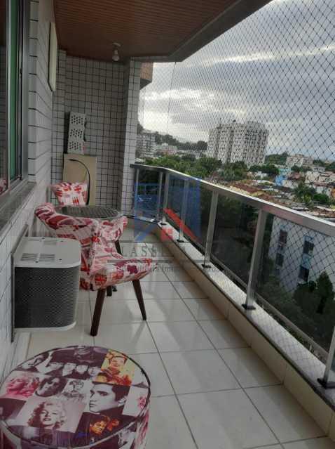22 - VENDE-PÇA SECA-Otima Localização, Amplo Apartamento,92 metros, Varandão, 02 Quartos, Dep. Emp.,02 Elevadores, 01 Vaga de Garagem - FRAP20133 - 22