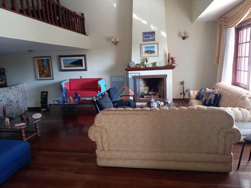03 - Freguesia-Casa Duplex,Condominio, 06 Quartos, Suites, Lazer, 03 Vagas de Garagem, aceita permuta casa menor. - FRCN60003 - 4