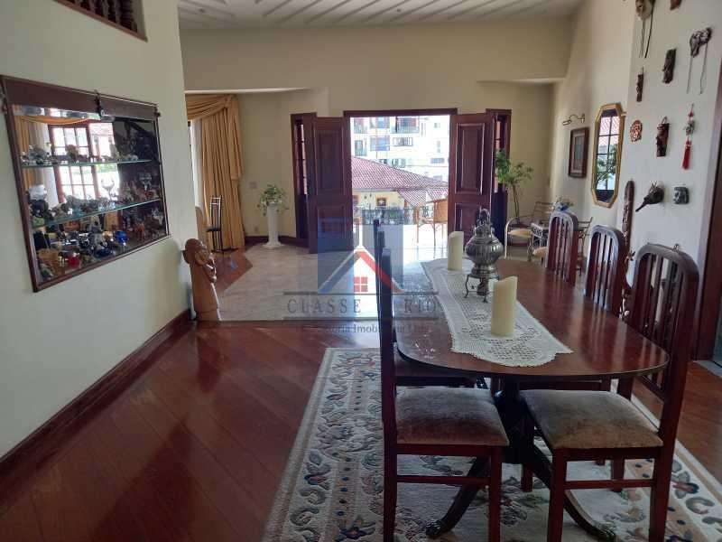 06 - Freguesia-Casa Duplex,Condominio, 06 Quartos, Suites, Lazer, 03 Vagas de Garagem, aceita permuta casa menor. - FRCN60003 - 6