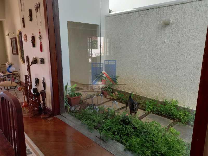 07 - Freguesia-Casa Duplex,Condominio, 06 Quartos, Suites, Lazer, 03 Vagas de Garagem, aceita permuta casa menor. - FRCN60003 - 9