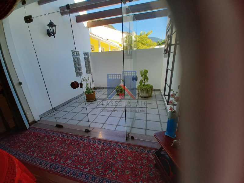 14 - Freguesia-Casa Duplex,Condominio, 06 Quartos, Suites, Lazer, 03 Vagas de Garagem, aceita permuta casa menor. - FRCN60003 - 15