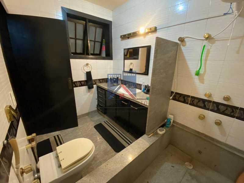 25 - Freguesia-Casa Duplex,Condominio, 06 Quartos, Suites, Lazer, 03 Vagas de Garagem, aceita permuta casa menor. - FRCN60003 - 26