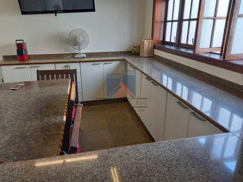 29 - Freguesia-Casa Duplex,Condominio, 06 Quartos, Suites, Lazer, 03 Vagas de Garagem, aceita permuta casa menor. - FRCN60003 - 30