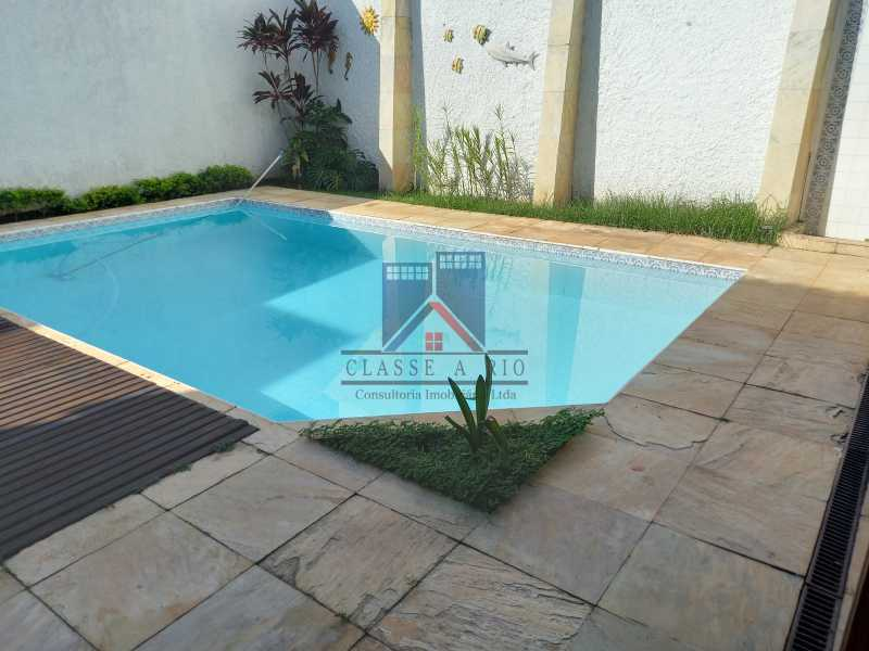 30 - Freguesia-Casa Duplex,Condominio, 06 Quartos, Suites, Lazer, 03 Vagas de Garagem, aceita permuta casa menor. - FRCN60003 - 31