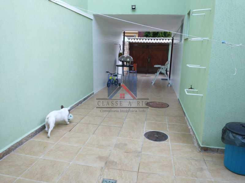 112 - Pechincha - Casa em Condomínio R$ 650.000,00 - FRCN30048 - 9