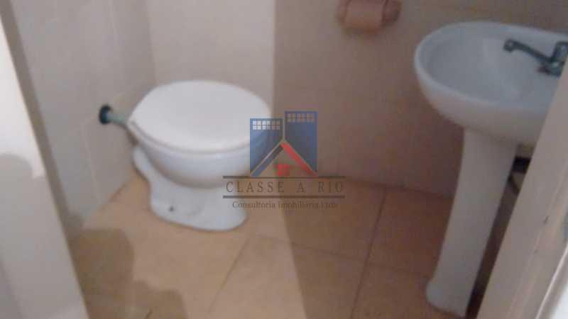 11 - ANIL-CASA CONDOMINIO, SALÃO, 03 QUARTOS,SUITES DEP.EMP .01 VVAGA DE GARAGEM - FRCN30050 - 24