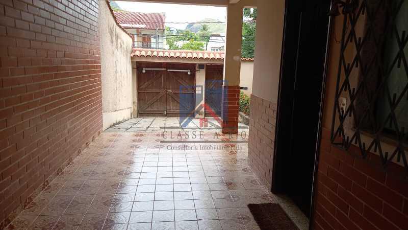 20210406_161014 - FREGUESIA-Excelente Casa Duplex, 03 quartos, 02 Suites, 02 Salas, Copa Cozinha, Armários, 03 Vagas de Garagem, Area de Lazer - FRCA30010 - 4