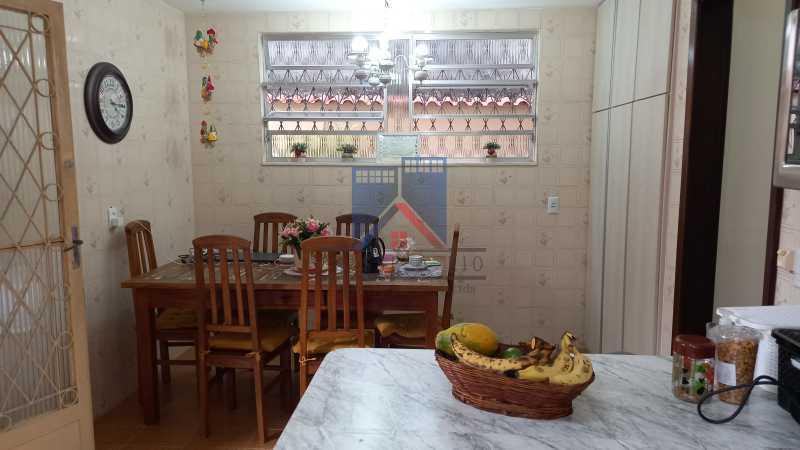 20210406_161232 - FREGUESIA-Excelente Casa Duplex, 03 quartos, 02 Suites, 02 Salas, Copa Cozinha, Armários, 03 Vagas de Garagem, Area de Lazer - FRCA30010 - 17