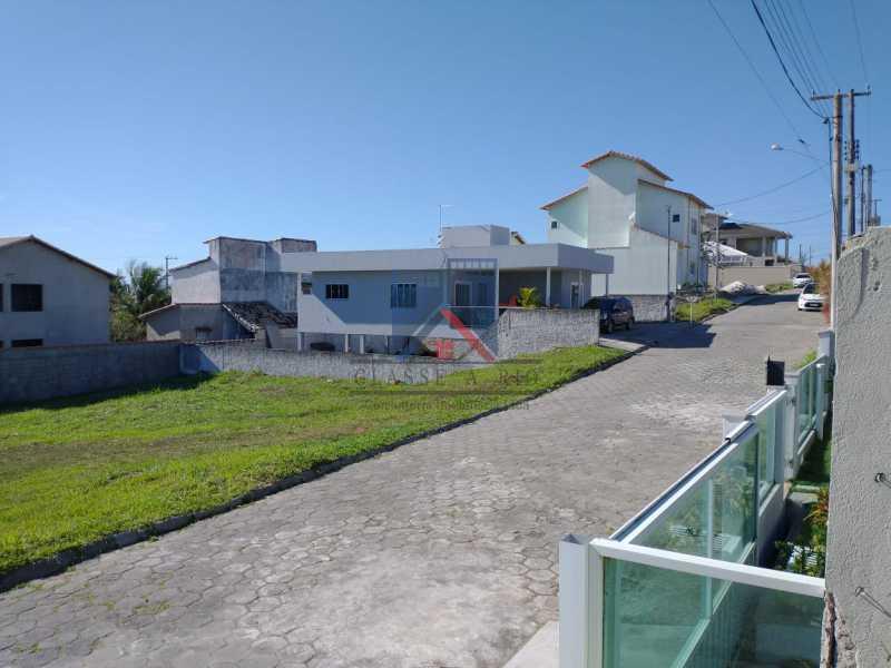 7 - CABO FRIO (PERÓ)-ALUGUEL-CASA EM CONDOMINIO, PRÓXIMO A PRAIA, 03 QUARTOS, 03 BANHEIROS, SUITE,TERRAÇO, QUINTAL COM CHURRASQUEIRA , LAZER NO COND., 05 VAGAS DE GARAGEM - FRCN30053 - 4