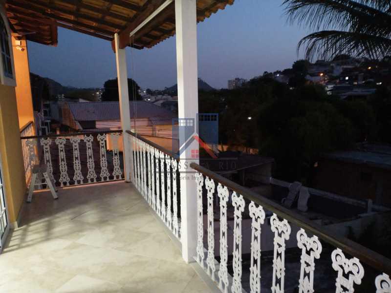 1 - Pechincha-Próximo ao Center Shopping, Casa Maravilhosa, 04 quartos (03 suites), 05 vagas de garagem - FRCA40009 - 12