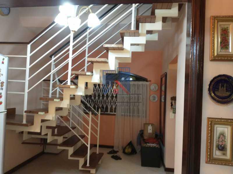 5 - Pechincha-Próximo ao Center Shopping, Casa Maravilhosa, 04 quartos (03 suites), 05 vagas de garagem - FRCA40009 - 21