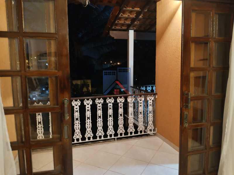 11 - Pechincha-Próximo ao Center Shopping, Casa Maravilhosa, 04 quartos (03 suites), 05 vagas de garagem - FRCA40009 - 13
