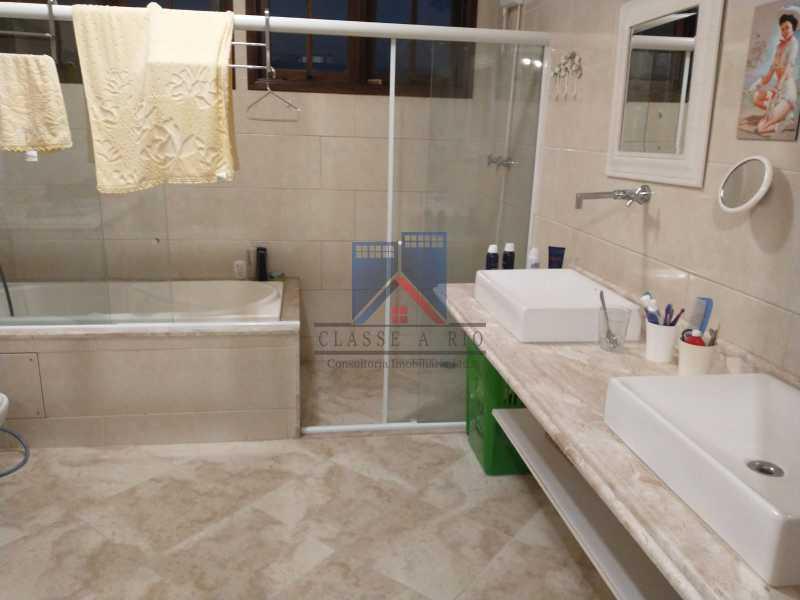 21 - Pechincha-Próximo ao Center Shopping, Casa Maravilhosa, 04 quartos (03 suites), 05 vagas de garagem - FRCA40009 - 27