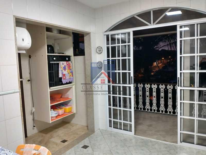 26 - Pechincha-Próximo ao Center Shopping, Casa Maravilhosa, 04 quartos (03 suites), 05 vagas de garagem - FRCA40009 - 16