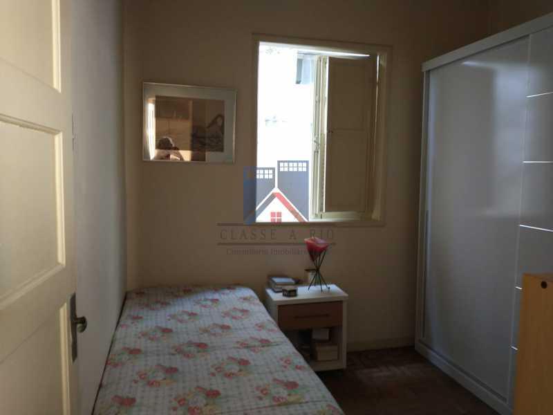 6 - Marechal Hermes- Duas Casas em terreno de 300 metros, total de 05 quartos, 01 vaga de garagem coberta. - FRCA50003 - 29