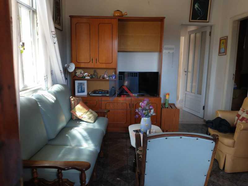 12 - Marechal Hermes- Duas Casas em terreno de 300 metros, total de 05 quartos, 01 vaga de garagem coberta. - FRCA50003 - 11