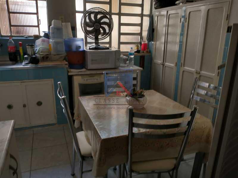22 - Marechal Hermes- Duas Casas em terreno de 300 metros, total de 05 quartos, 01 vaga de garagem coberta. - FRCA50003 - 17