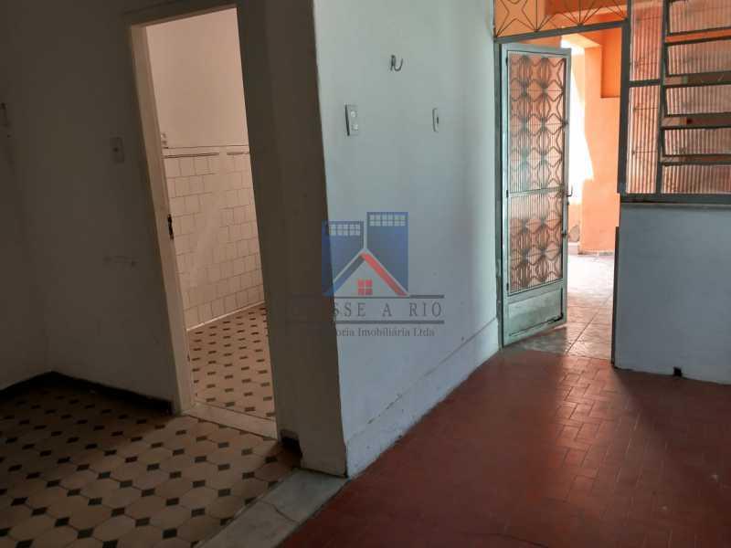 11 - Vista Alegre-Area Nobre, 02 casas, 03 quartos, terraço, Valor RS 590 Mil - FRCA30012 - 12