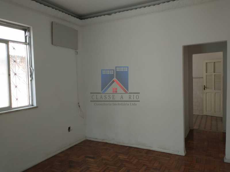 16 - Vista Alegre-Area Nobre, 02 casas, 03 quartos, terraço, Valor RS 590 Mil - FRCA30012 - 17