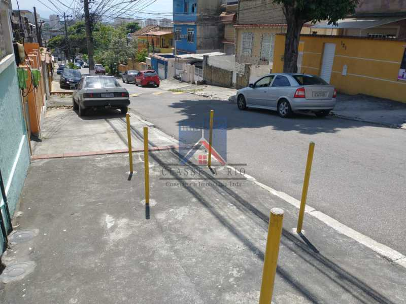 17 - Vista Alegre-Area Nobre, 02 casas, 03 quartos, terraço, Valor RS 590 Mil - FRCA30012 - 18