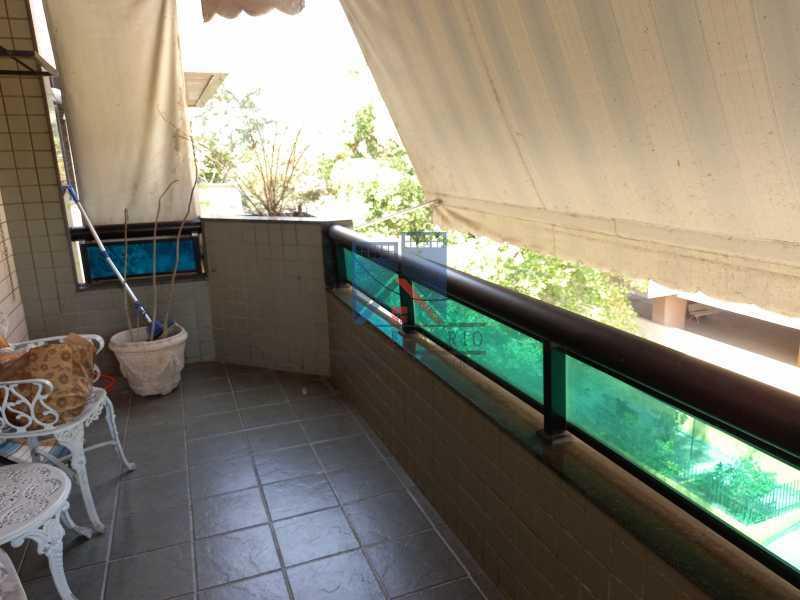 06 - Cobertura - 3quartos - Freguesia Prédio com piscina. - FRCO30019 - 4