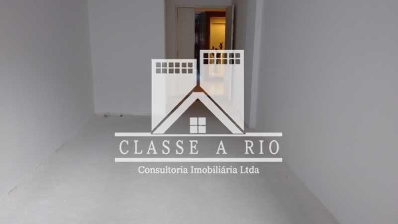 013 - Sala Prédio luxo centro da Freguesia. - FRSL00001 - 14