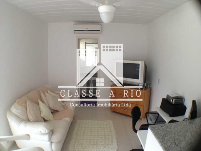 Suite_B_Sala - Casa em Condomínio 3 quartos à venda Taquara, Rio de Janeiro - R$ 420.000 - FRCN30012 - 24