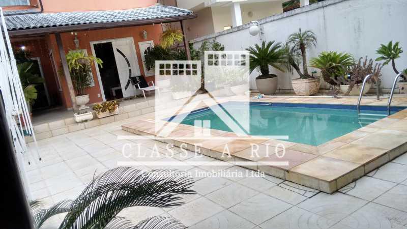 01 - Anil-Casa condominio, 4 quartos, 2 suites, Armários, Lazer, 4 vagas garagem - FRCN40018 - 1